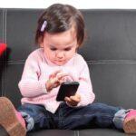 Uso intenso de smartphones causa lesões nos dedos, mãos e braços