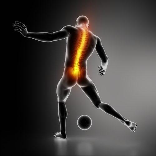 lesão na coluna de jogador de futebol