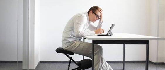 Uma boa postura ajuda a ser mais produtivo no trabalho
