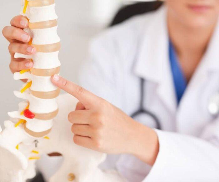 medico lombalgia dor na coluna lombar