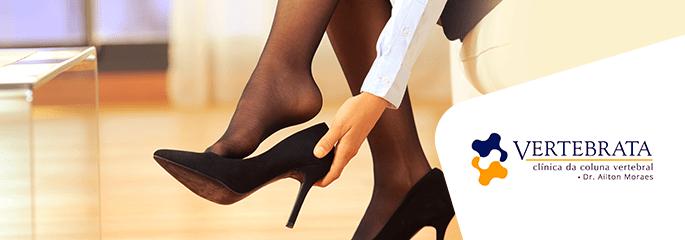 Escolha o sapato correto para evitar dores na coluna