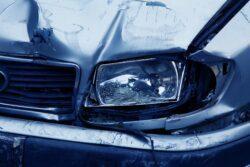 Acidente de trânsito é o principal causador de traumas na coluna